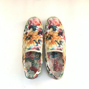 Born Floral Slip On Sneakers Size Size 9